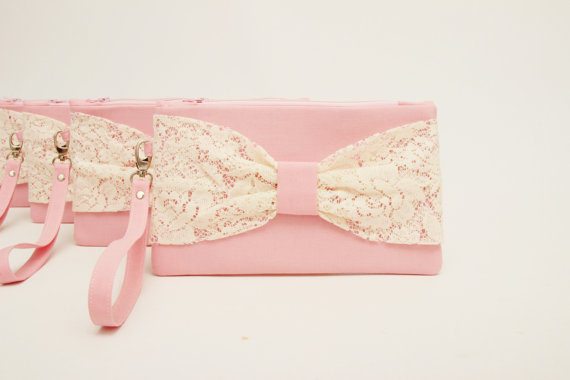 Свадьба - Promotional sale   - SET OF 6 - Pink  ,ivory lace bow  wristelt clutch,bridesmaid gift ,wedding gift ,make up bag,zipper pouch