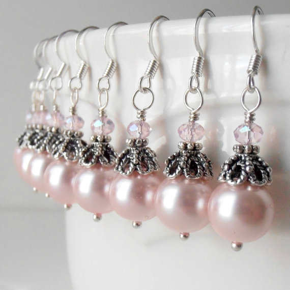 Свадьба - Bridesmaid Jewelry Pink Pearl Dangle Earrings in Antiqued Silver Vintage Style Beaded Drops Bridal Party Jewelry Bridesmaid Gift Guinevere