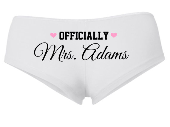 5c4728d4072a04 PERSONALIZED OFFICIALLY MRS Underwear