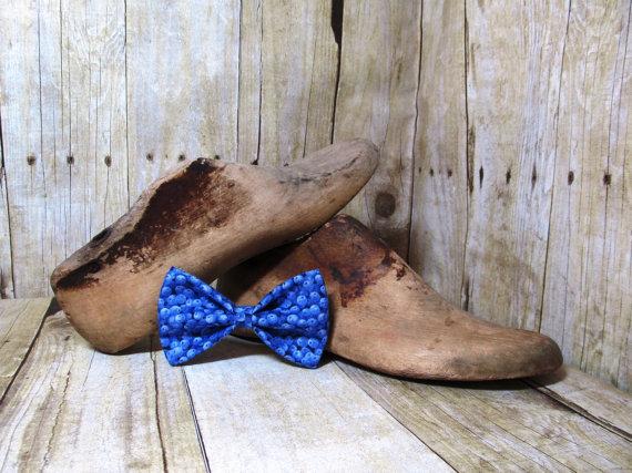 Свадьба - Little Blueberries Bow Tie, Clip, Headband or Pet