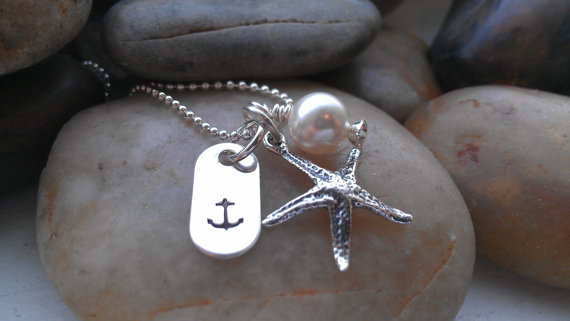 Mariage - Starfish Necklace- Anchor Jewelry - By the Sea Custom Hand Stamped Jewelry - Destination Wedding Wear