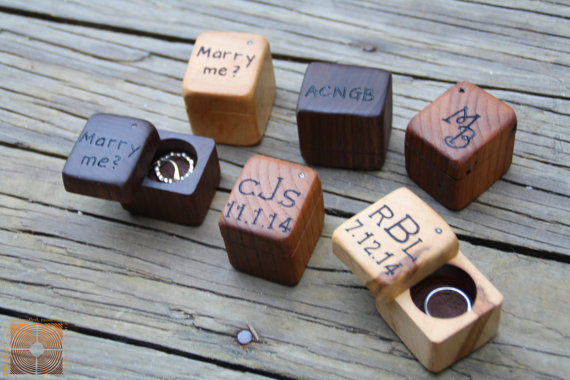 Mariage - Engagement Ring Box- Mini Ring Box Rustic Wood - Personalized Ring Bearer Box- Rustic Wedding Ring Box - Will you Marry Me?