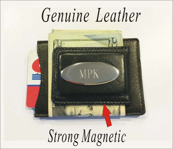 Mariage - One Groomsman gift -Personalized Engraved Leather Money Clip Wallet Best man gift , Groomsmen gift