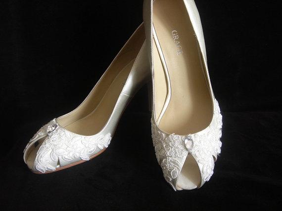 Свадьба - Lace Peep Toe Wedding Shoes and Pumps - Size 8 Last Pair