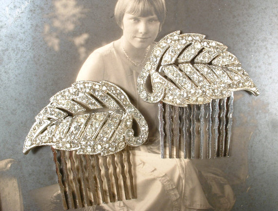 زفاف - PAIR OOAK 1920s Flapper Rhinestone Leaf Bridal Hair Combs, Vintage Art Deco Silver Pave Original Dress Clips to Wedding HairPiece Accessory