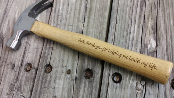 Свадьба - Engraved Wooden Handled Hammer - Personalized Hammer - Father's Day Gift - Gift for Dad - Groomsmen Gift