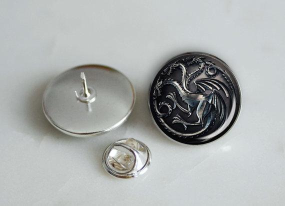 Свадьба - One Game of Thrones House Targaryen tie pin, lapel pin, cap pin 20mm, groomsmen wedding gift