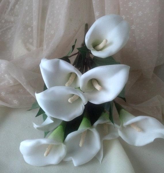 Mariage - Silk Flower Stems DIY Bridal craft supplies accessories White Calla Lilies Wedding bouquet supply set of 6 high quality crafts Centerpieces
