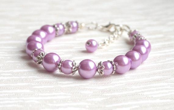 Mariage - Flower Girl Bracelet Wedding Jewelry Lavender Pearl Bracelet Light Purple Flower Girl Jewelry Bracelet Child Bracelet Rhinestone Jewelry