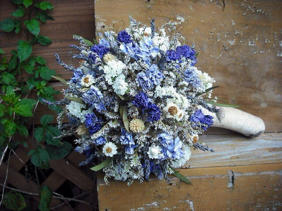 Свадьба - Dried flower Bridal  bouquet with Birch holder for bride or bride's maids, in shades of blue and violet. For your woodland natural wedding.
