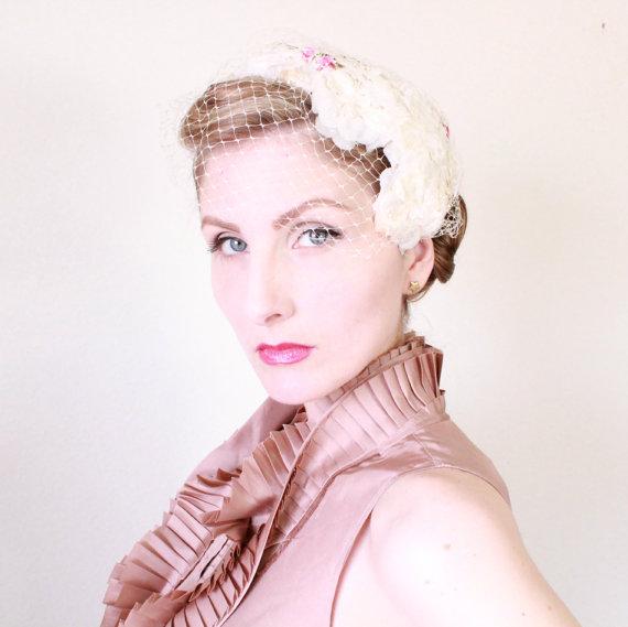 1950s Fascinator   VINTAGE   50s   Hat   Bridal   Wedding   Birdcage veil    Spring   Flowers   Blossoms c24ba705246