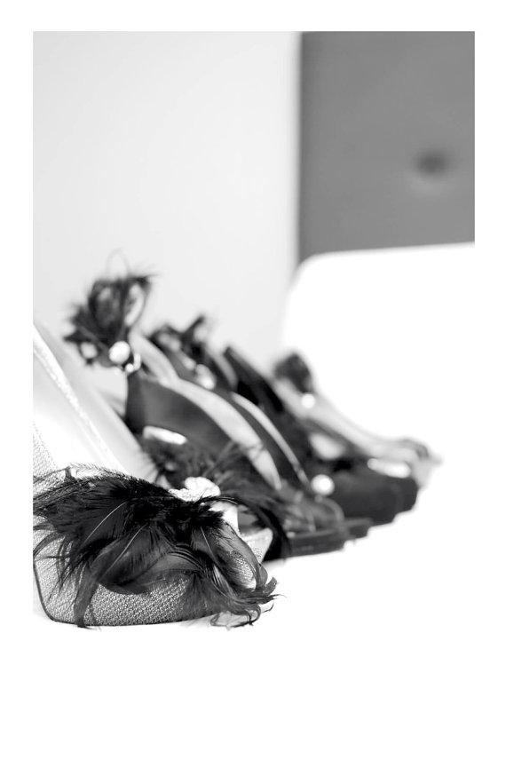 زفاف - Statement Shoe Clips Black Feathers Rhinestone. Formal Event, Bride Bridal Bridesmaid Couture, Edgy Noir Winter Wedding, Boudoir Burlesque