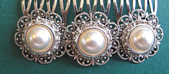 Свадьба - Wedding Hair Comb, Ivory Pearl ,Vintage Style, Pearl and Silver, wedding hair piece, veil comb, Hair Brooch,  ivory pearl comb, Hair clip