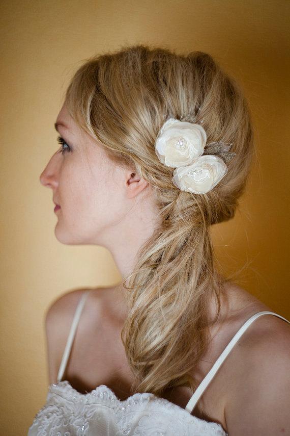 Mariage - Wedding bridal hair accessories, Lace flowers headpiece, Oatmeal Burlap Wedding, rustic, Ivory Beige Nude Cream, set 2 Double, bridesmaids