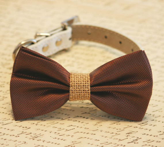 Свадьба - Brown and burlap Dog Bow Tie, Burlap Wedding, Country rustic wedding, Pet Accessory, Dog Lovers, Burlap Pet wedding accessory