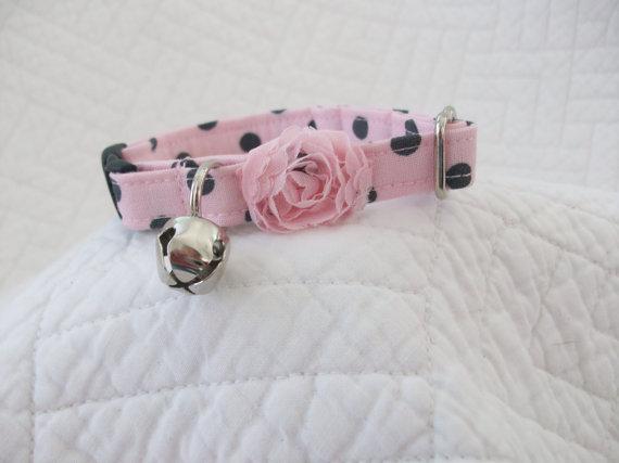 Свадьба - Shabby Chic Pink Gray  Polka Dot  Cat Collar with bell   Wedding Cat  Breakaway Collar Custom Made
