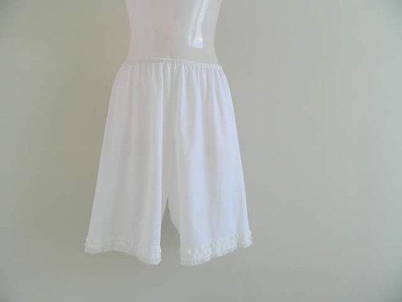 Свадьба - French vintage lingerie. 50s nylon bloomers. Size S / M