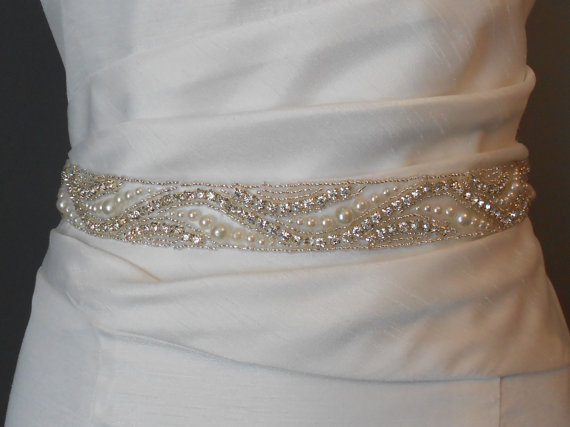 Mariage - Bridal Sash Beaded Sash Wedding Dress Sash Rhinestones Pearls Sash, Sash Belt Crystals and Satin Tie Beautiful Sash Sash Belt