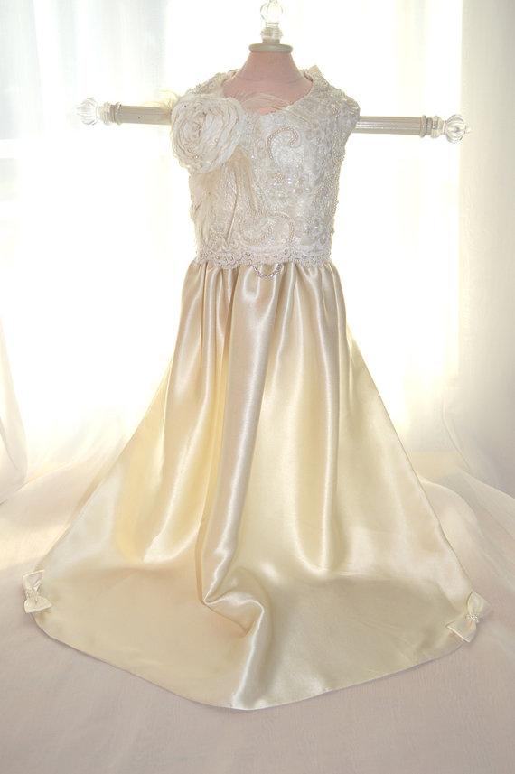Свадьба - Small Dog Wedding Dress with Train