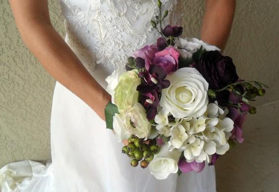 Свадьба - Bridal Bouquet,Plum/Purple Floral Bouquet & Boutonniere,Bridal Flowers,Wedding Bouquet,Deep Purple Rose Bouquet, Rose and Hydrangea Bouquet,