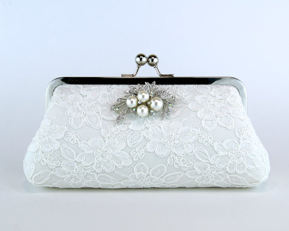 Hochzeit - Alencon Lace  Silk Clutch with Brooch in Ivory,  wedding clutch, wedding bag, Bridal clutch