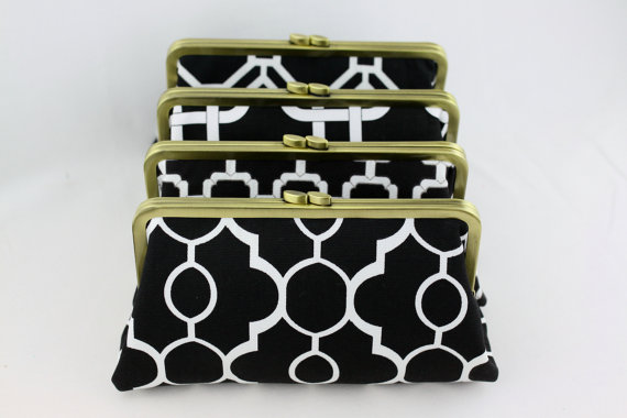 Mariage - Black and White Wedding Clutches / Black Bridesmaids Clutches / Design Your Own for Wedding Party Gift - Set of 4