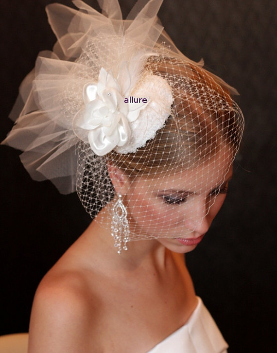 BIRD CAGE VEIL Bridal Hat With Birdcage Veil And Lace And Flower Charming Fascinator Wedding