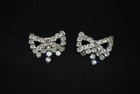 Mariage - Vintage 1940's Dainty Dangling Rhinestone Bow Shoe Clips - Holiday Sparkle - Wedding Bridal