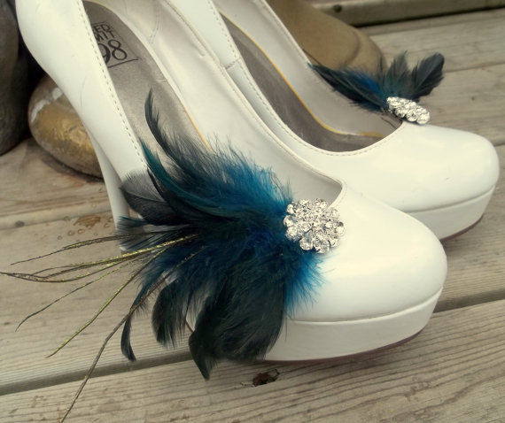 Свадьба - Wedding Bridal Feather Shoe Clips - set of 2 - Sparkling Crystal Rhinestone Accents -dark turquoise and dark blue