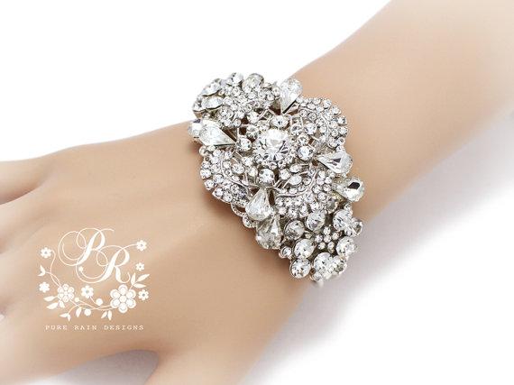 Свадьба - Wedding Bracelet Victorian Style Rhinestone Bangle Bridal Bracelet Wedding Jewelry Wedding Accessory Bridal Jewelry Bridal Bangle meteor