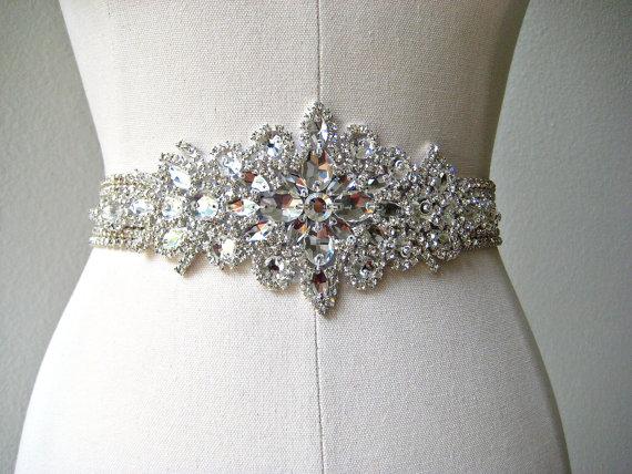 Mariage - SALE 20% off.  Bridal wedding beaded luxurious crystal sash/belt.  CRYSTAL PRINCESS
