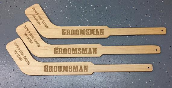 Свадьба - Laser Engraved Mini Hockey Sticks Best Man Gift, Groomsmen Gift, Birthday Gift HS1