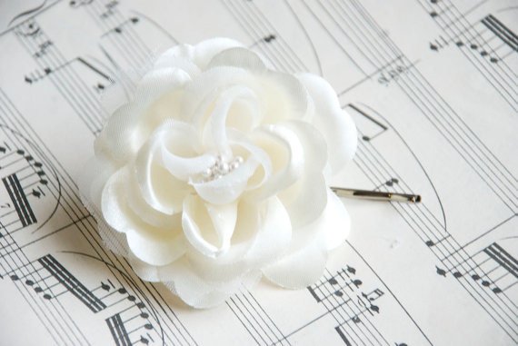 Mariage - ivory Wedding hair flower - wedding hair piece- ivory flower - wedding hair accessories