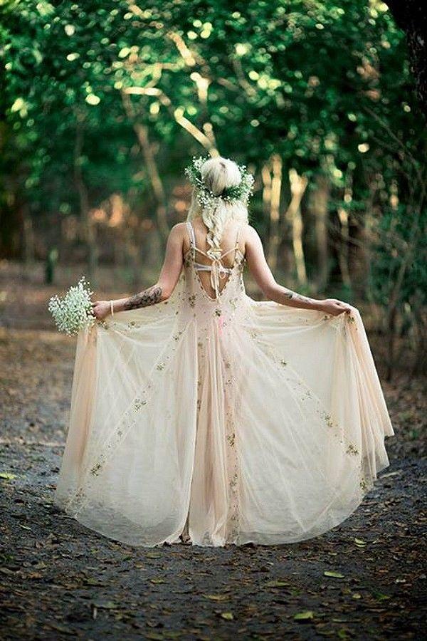Fairy wedding fairytale woodland weddings 2245177 for Woodland fairy wedding dress