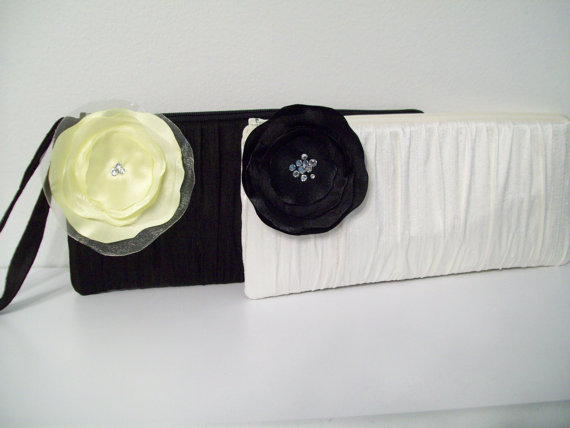 Mariage - 1 Ruched Clutch w/Poppy (choose colors) Monogram available- Bridesmaids gifts, bridesmaid clutches, bridal clutches wedding party