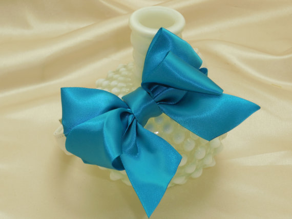Свадьба - Turquoise Blue Bow Dog Collar for Wedding Rhinestone Buckle