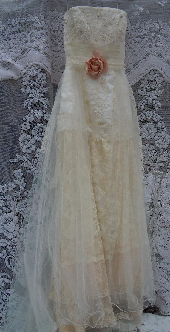 Boho wedding dress tiered lace vintage tulle beaded bride for Vintage beaded lace wedding dress