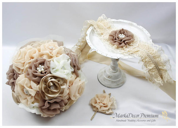 Mariage - Set of 3 Bridal Wedding Set Brooch Bouquet Jeweled Beaded Bouquet + Lace Sash + Groom Corsage Boutonniere in Latte, Ivory, Champagne, Tan