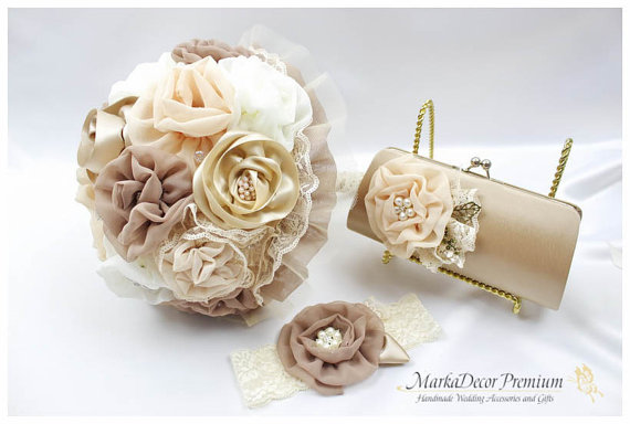 Mariage - Set of 3 Bridal Wedding Set Brooch Bouquet Jeweled Beaded Bouquet + Large Custom Flower Clutch + Lace Garter in  Latte, Ivory, Champagne,Tan