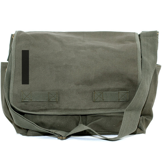 Свадьба - Messenger Bag, Monogrammed Bag, Personalized Bag, Initial Bag, Crossbody Canvas Bag, Personalized Groomsmen Gift, Helvetica, Typography, Men