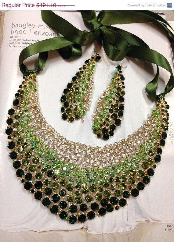 Wedding - Bridal jewelry set, wedding jewelry, bib necklace earrings, Chunky rhinestone necklace statement, Green crystal jewelry set
