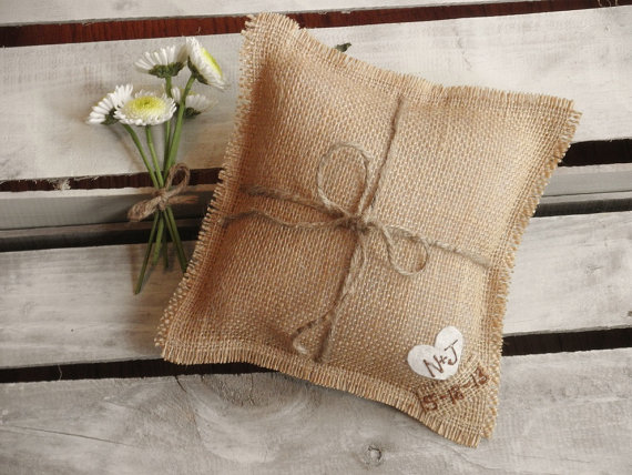 "Mariage - 8"" x 8"" Natural Burlap Ring Bearer Pillow w/ Jute Twine and Heart -Personalize w/ Initials & Wed Date- Rustic/Country/Shabby Chic/Wedding"