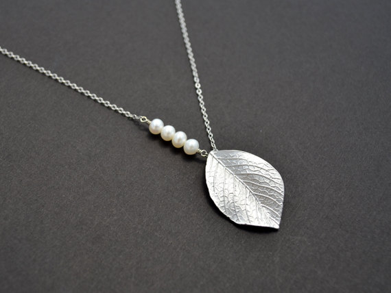 Wedding - SALE, Leaf necklace, Pearl necklace, Silver necklace, Wedding necklace, Bridal jewelry, Mothers gift,Anniversary,Personalized,Christmas gift