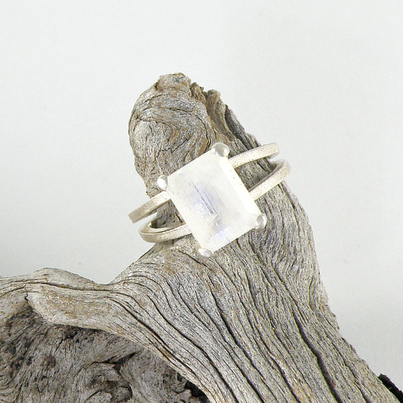 Mariage - Moonstone Engagement Ring, Rainbow Moonstone Sterling Silver Ring, Faceted Rainbow Moonstone Jewelry, Emerald Cut Ring