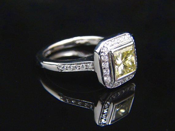 Свадьба - Vintage 1.50ct Princess Cut Natural Yellow Diamond 18K White Gold Halo Engagement Ring