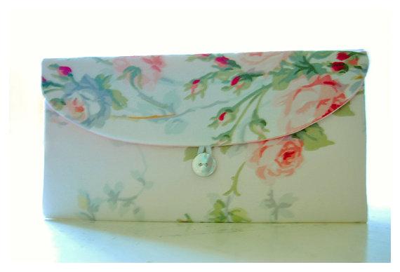 Hochzeit - peach pink roses clutch purse Spring Wedding Bridal Clutch, Purse shabby Bridesmaid Gift, Bridesmaid Clutch, Floral Clutch Wedding Accessory