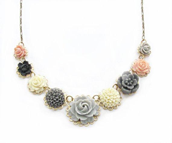 Hochzeit - Handmade Resin Flower Necklace, Gray Rose Necklace, Peach Flower Necklace, Wedding Jewelry, Flower Jewelry, Bridesmaid Necklace,  Providence