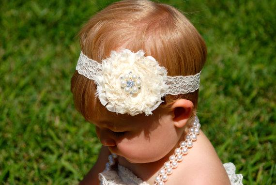 Свадьба - Ivory Headband, Wedding Headband, Flower girl headband, baby headband, first communion, bridesmaid, ivory wedding, shabby chic