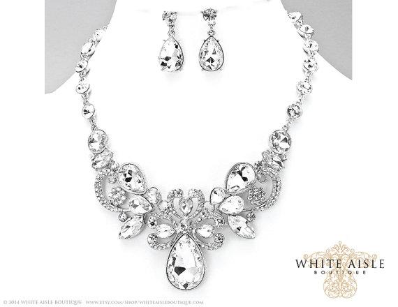Hochzeit - Bridal Statement Necklace Set, Wedding Jewelry Set, Vintage Inspired Necklace, Rhinestone Necklace, Bridal Necklace, Bridesmaids Jewelry