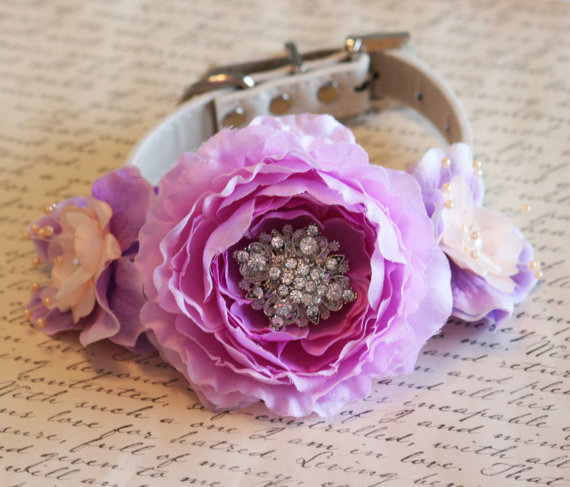 Hochzeit - Peach and Lavender wedding dog collar, Floral Dog Collar, Pet Wedding Accessory, Peach and Lavender wedding accessory, Pearls, Rhinestones